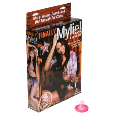 Кукла FINALLY MYLIE (3 отверстия)